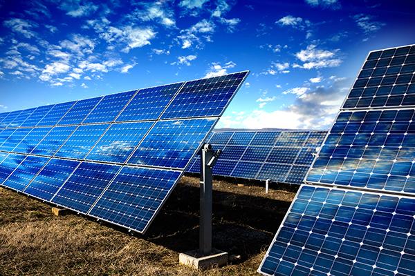 太陽能電潦